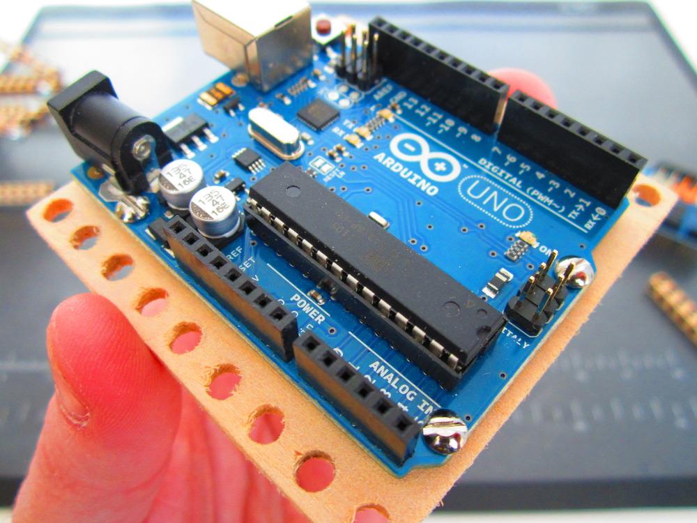 Arduino mounting plate bitbeam